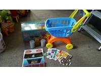 Shopping trolley. Play food and box