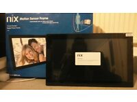 BRAND NEW!! NIX DIGITAL FRAME 18 INCH