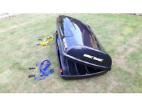 Roof box (Mont Blanc Triton 450L) large black gloss, like new only used twice.