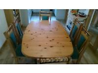 For sale dining room table & 6 chairs
