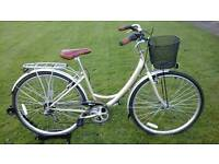 USED ONCE / UNMARKED SHOWROOM CONDITION LADIES HUNTLEIGH BALMORAL STEP THROUGH HYBRID BIKE