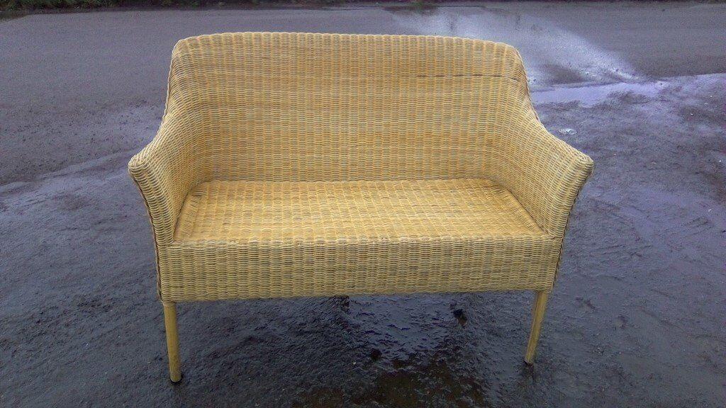Surprising Lovely Twin Seat Loom Chair In Bonnybridge Falkirk Gumtree Squirreltailoven Fun Painted Chair Ideas Images Squirreltailovenorg