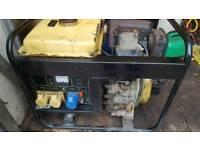 Kipor diesel generator 110v and 240v and battery charger