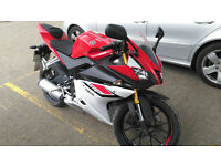 2015 YAMAHA YZF R125 ABS BRAKES LIMITED EDITION RACE RED COLOUR SCHEME / GOLD FORKS / LOW MILES