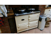 AGA gas range cooker in good condition