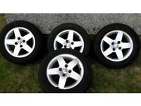 """15"""" PEUGEOT ALLOYS WITH NEW TYRES NO SKUFFSOR SCRAPES 4x100 £160 ono"""