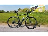 Cube Attain SL Disc road bike bicycle, Shimano 105, Fulcrum Wheels. Size 56