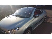 Peugeot 206 convertible (2002)1.6 MOT November 17, Leather seats, alloy wheels.