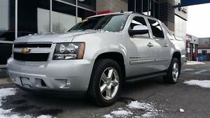 2012 Chevrolet Avalanche 1500 LT w SUNROOF!