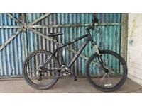 Saracen mantra Aluminium mountain bike hardtail disc brake mens ladies gents