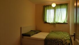 Clean and cosy double room in ideal location in hemel