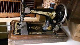 Vintage Singer Sewing Machine 1910