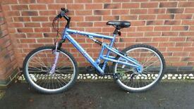 Apollo womens bike excellent condition