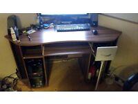 Corner PC Desk (Maxam Computer Desk with Keyboard Tray)
