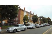 FULLY FURNISHED THREE BED FLAT TO LET IN SOUTHSEA £850 PER MONTH