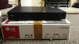 LG bp250 Dvd and Blu ray player