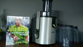 Philips juicer and recipe book