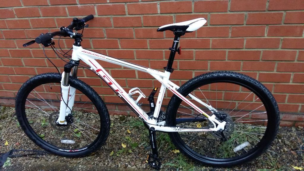 GT Avalanche Elite 27.5 Bike 2 months old, LIKE NEW, SAN MARCO ...