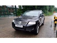 Automatic Volkswagen Touareg 3.2 V6 5dr (Private plate included)