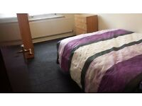 A One bedroom for rent but share kitchen and bathroom on seven sister high road £560 per month