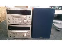 Teac reference 100 series, cd and mini disc player with matching Teac speakers great condition