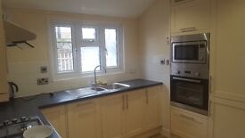 2beds in a 4 Dbl Bed Bright newly refurbished detached Hse in Battersea. Close to Clapham Jct stn