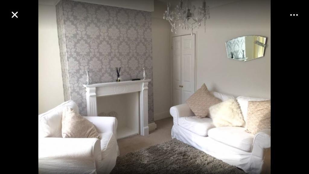 Double bedroom available now
