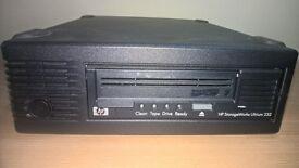 HP StorageWorks Ultrium 232 SCSI External Tape Drive DW065B