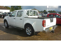 NISSAN NAVARA 2.5 dCi Acenta Double Cab Pickup 4dr (white) 2011