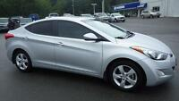 2013 Hyundai Elantra GLS - Local One Owner Sunroof Bluetooth