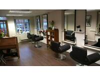 Hairdressing chair to rent on prestigious maybank high street
