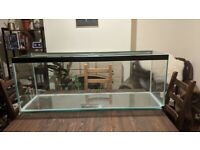 LARGE FISH TANK (4FT) - SLIGHTLY DAMAGED BUT IN WORKING ORDER - £90 ONO (happy to barter)