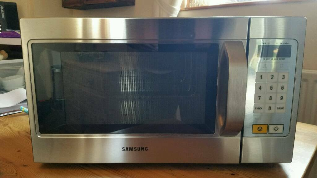 Samsung CM1089 1100W commercial microwave | in Bingham, Nottinghamshire |  Gumtree