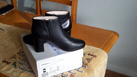 Ladies Black Ankle Boots size 4.5 (Brand New with box)