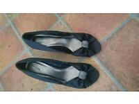 Ladies high heeled shoes size 8 uk