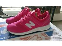 New and genuine New Balance shoes size 5