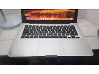 APPLE MACBOOK PRO 2011 INTEL CORE I5 2.3GHZ 4GB RAM 320GB HDD WIFI WEBCAM