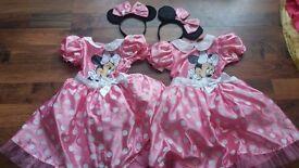 2x minnie mouse dress up