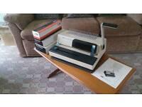 Document binding machine