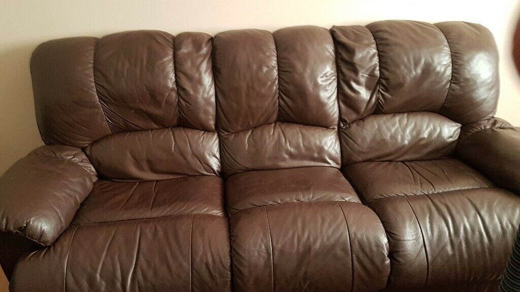 3 Seater And 2seater Leather Recliner Sofa In Bradley