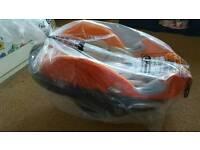 Cybex Aton Q infant car seat and isofix base