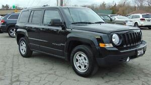 2016 Jeep Patriot NORTH - EXECUTIVE DEMO - ONLY 4,885 KMS!!!