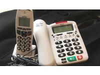 Big buttons telephone set with answering machine