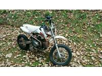 Stomp 110cc FXJ Pit Bike (manual) 4 up