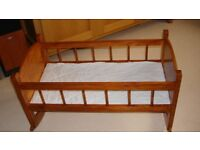childs wooden cot