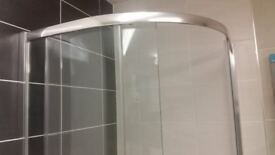 shower cubicle & Tray 900mm quad £199 -8mm thick