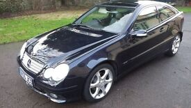 Mercedes C220CDi Sport Edition Coupe (PANORAMIC SUN ROOF) - 12 months MOT