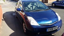2008 Toyota Prius in Good Condition with Cruise Control, Climate Control and Parking Assist - £4,900