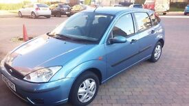 URGENT, FORD FOCUS 1388CC, BLUE, 2002 (MOT TILL MARCH 2017)