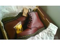 boxed brand new Dr matens £30